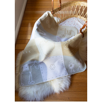 ECRU LOVE PATCH JUWEL BASSINET