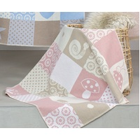 BLUSH PINK PATCH GIRL JUWEL BASSINET BLANKET