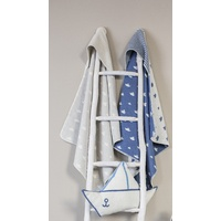 GREY SAILBOATS JUWEL HOODED BLANKET