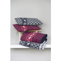 BORDEAUX NORWEGIAN STAG CUSHION 40X60 cm