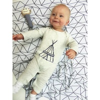 Grey TeePee Outfit